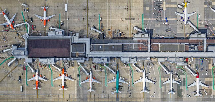 Resultado de imagen para london gatwick airport